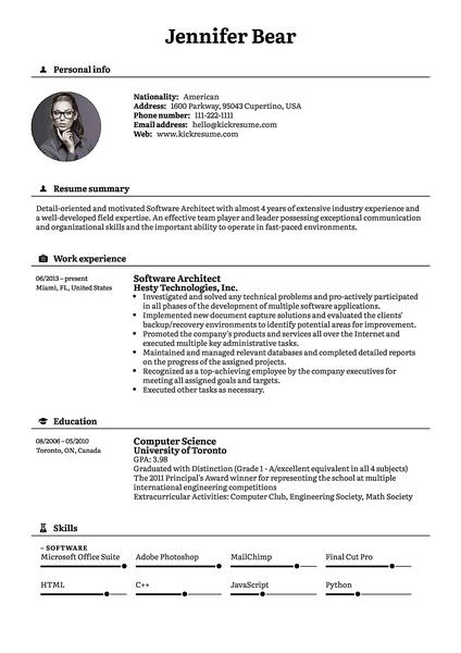 Plantilla de currículum Black realizada por el creador de currículums de Kickresume